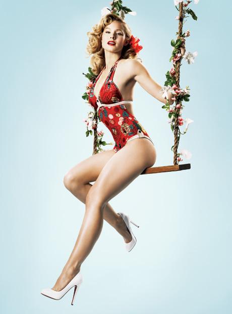 Kristen Bell, do seriado Veronica Mars, na revista de maio.